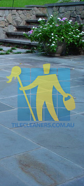 Gold Coast/Benowa bluestone tiles outdoor backyard traditional irregular white grout