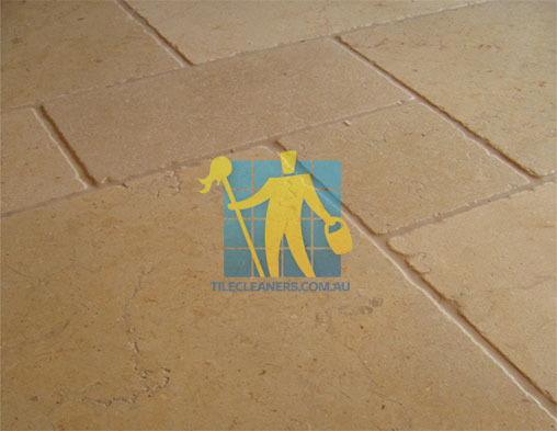 limestone floor tile siena tumbled sample