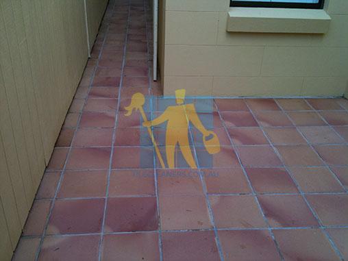 Gold coast terracotta tile sealing gold coast tile cleaners for Exterior terracotta floor tiles